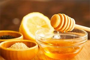 Мед, лимон, овсянка - компоненты масок