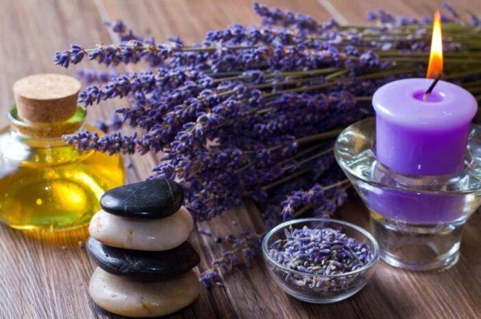 Использование масла лаванды в качестве косметического средства для лица