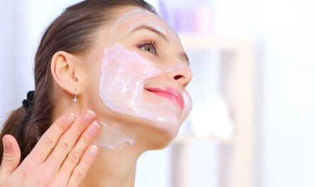 Эффективные маски из творога для кожи лица