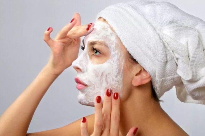 Как максимально эффективно и правильно наносить маску на лицо