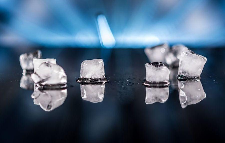 Косметический лед из ромашки для лица