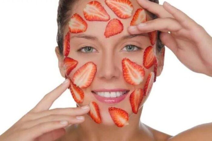 Простые и эффективные маски для лица из клубники: рецепты и показания к применению