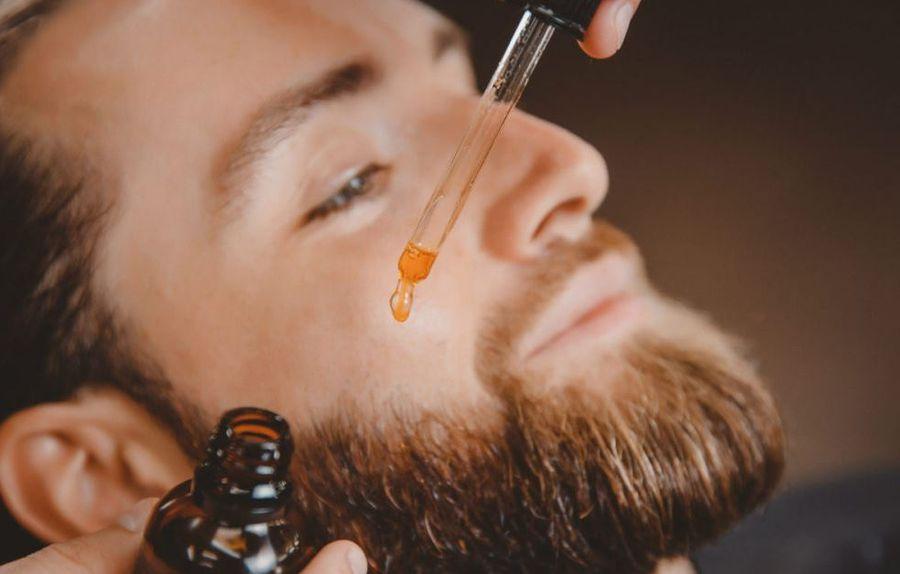 Масло для бороды мужчин
