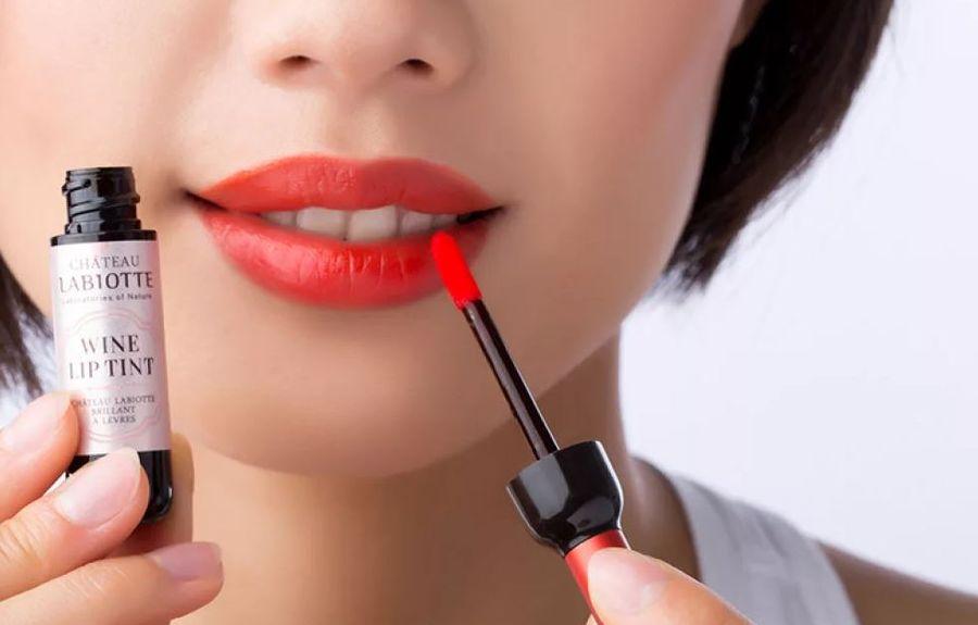 средство для губ тинт