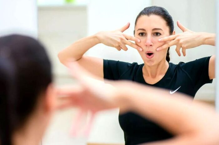 Подбираем комплекс упражнений для похудения лица в домашних условиях