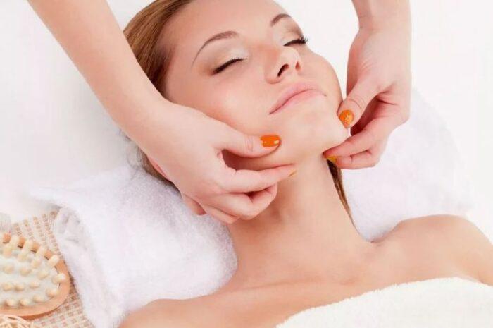 Как выполнять массаж от второго подбородка