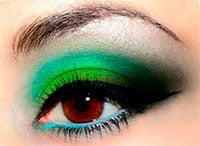 Ярко-зеленый макияж