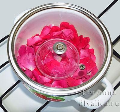 Дистилляция розы паром